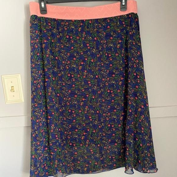 LuLARue Sz 2X. Skirt. Navy. Pink